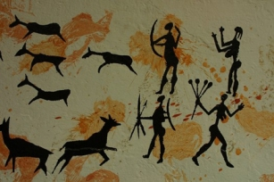 Cave Art - Hunting